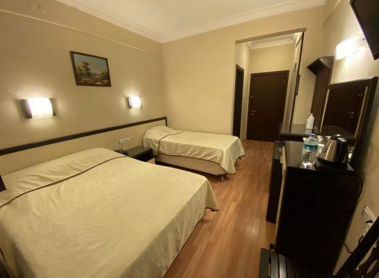 Triple Room5