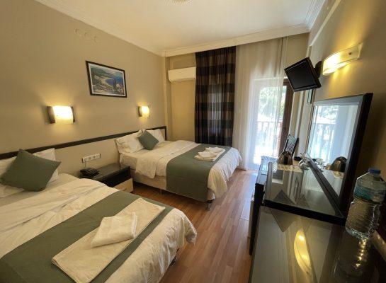 Triple Room 2